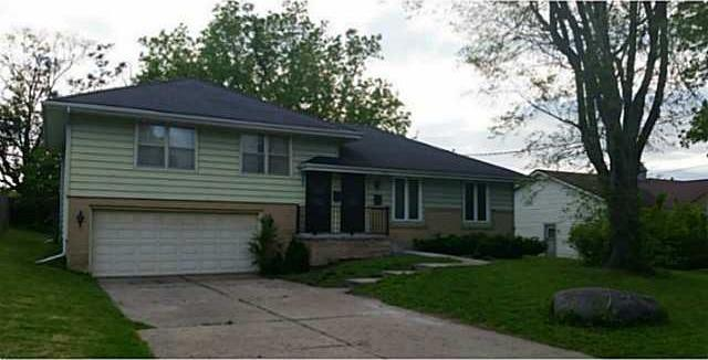 2200 62nd Street, Des Moines, IA 50322