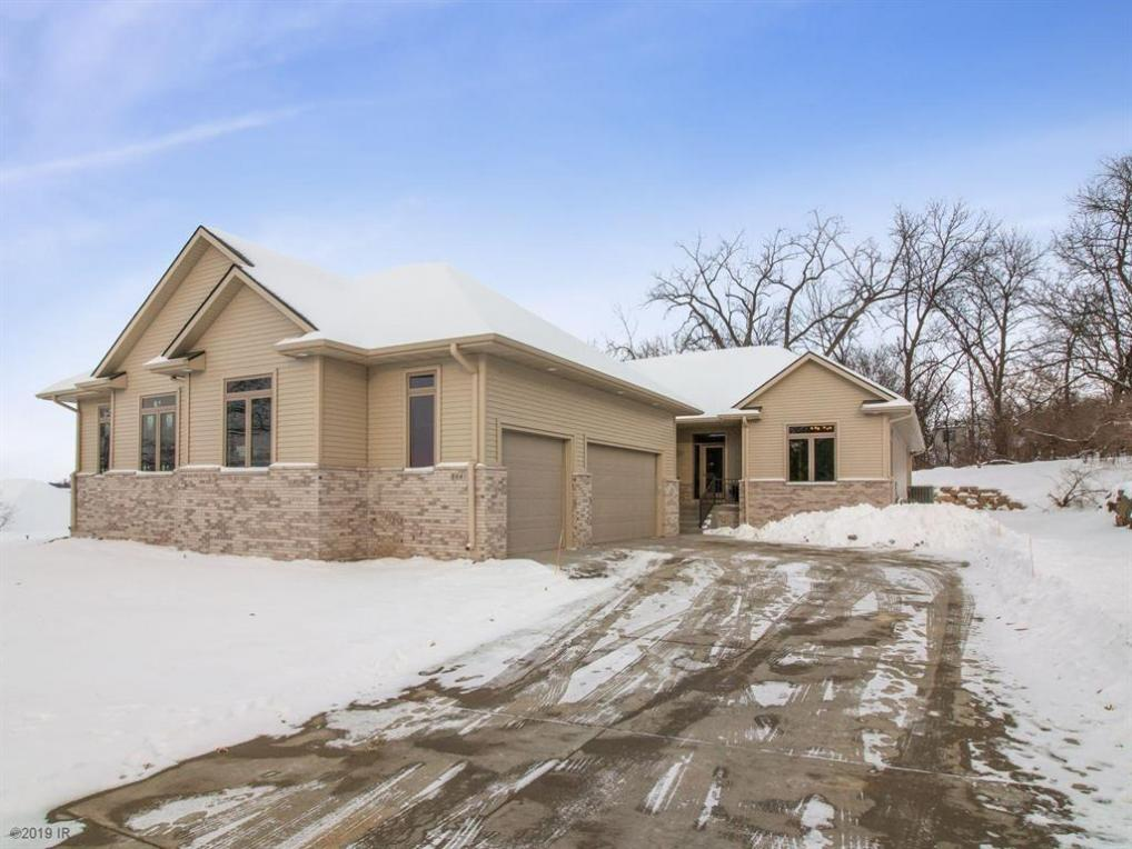 2841 SW 30th Street, Des Moines, IA 50321