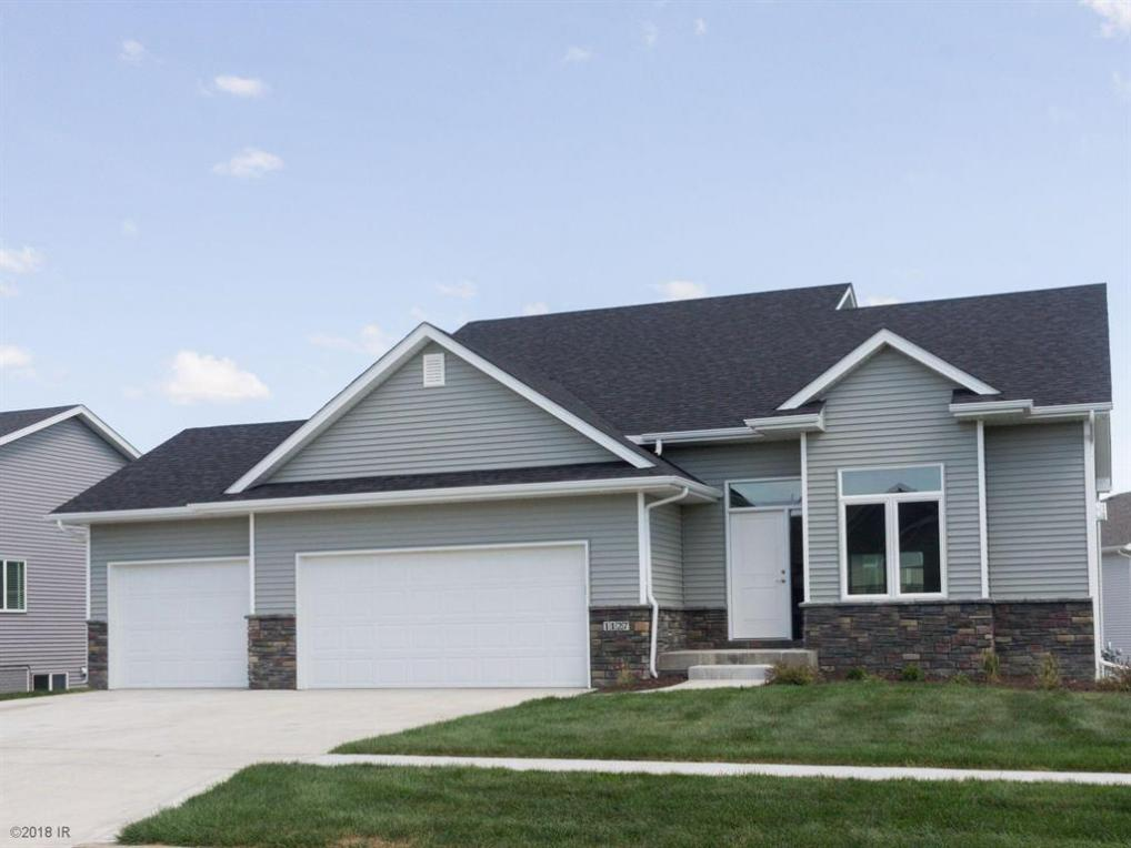 1127 NW Boulder Point Place, Ankeny, IA 50023