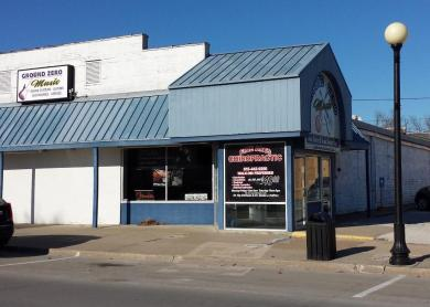 116 E Ashland Avenue, Indianola, IA 50125