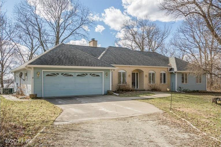 106 Sunset Drive, Otley, IA 50214