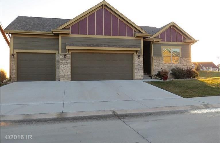 2618 SW Cedarwood Lane, Ankeny, IA 50023