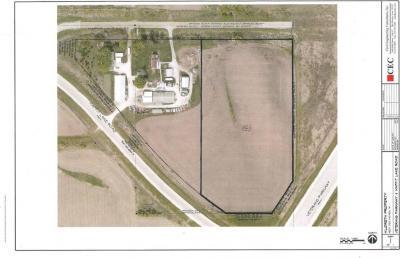 Photo of 1566 SE Maffit Lake Court, West Des Moines, IA 50061