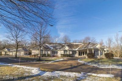 Photo of 3870 Timberline Drive, West Des Moines, IA 50265
