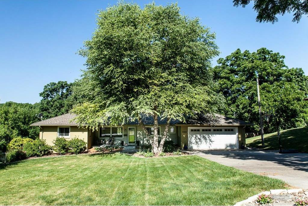 502 SW 42nd Street, Des Moines, IA 50312