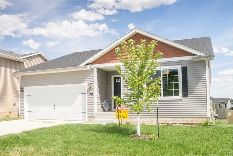 2429 River Meadows Drive, Des Moines, IA 50320
