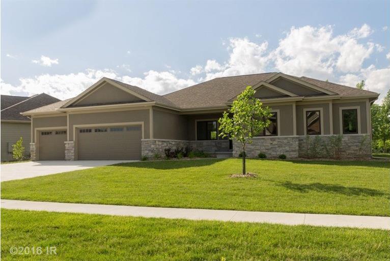 14911 Brookview Drive, Urbandale, IA 50323