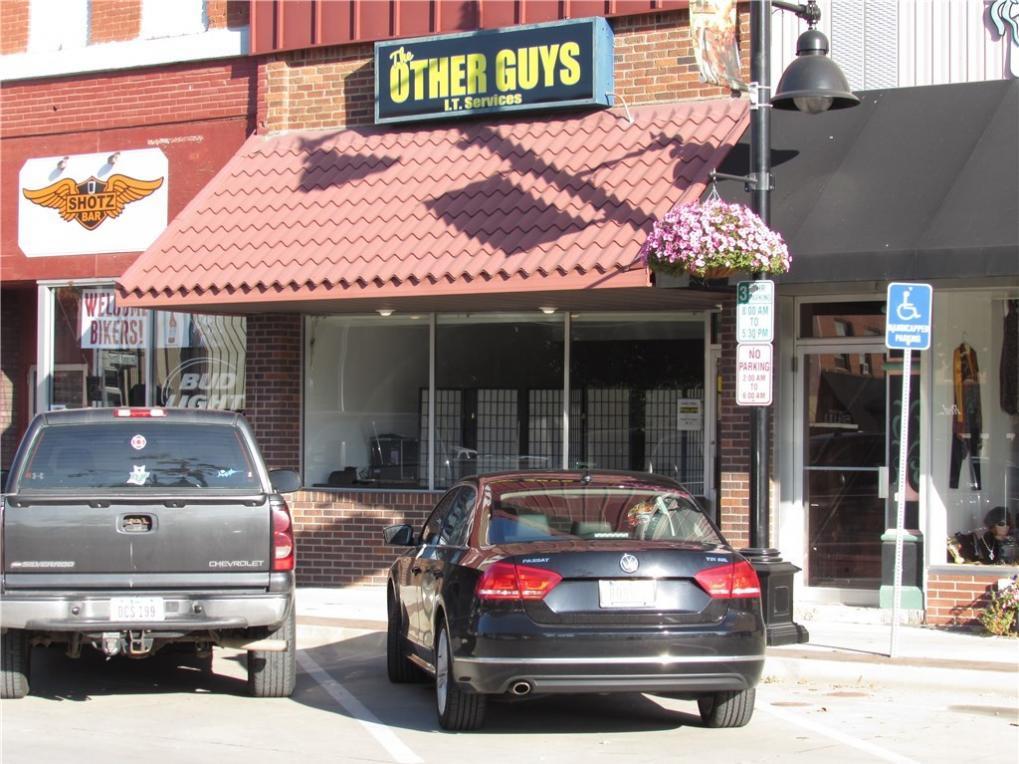 207 E Main Street, Knoxville, IA 50138