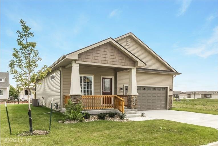 5617 Prairie Grass Drive, Johnston, IA 50131