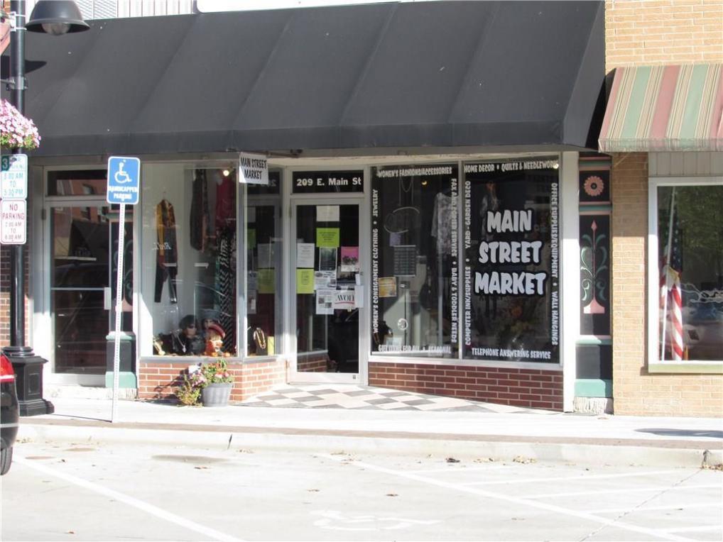 209 E Main Street, Knoxville, IA 50138