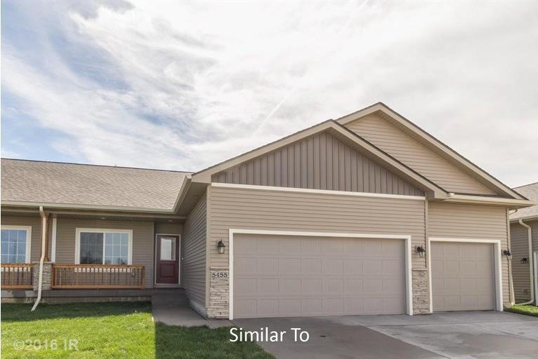 5653 Prairie Grass Drive, Johnston, IA 50131