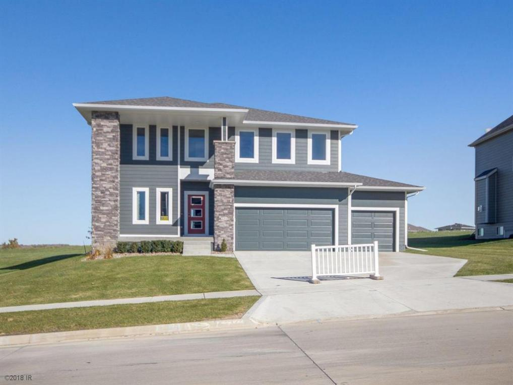231 W High Road, Norwalk, IA 50211