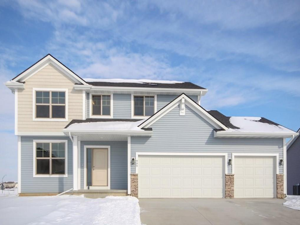 909 SW Timberview Drive, Grimes, IA 50111