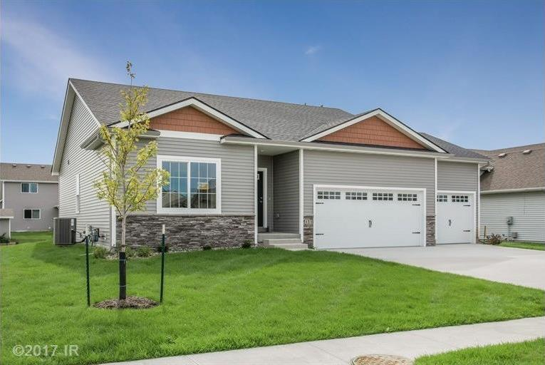 411 SW Carriage Drive, Ankeny, IA 50023