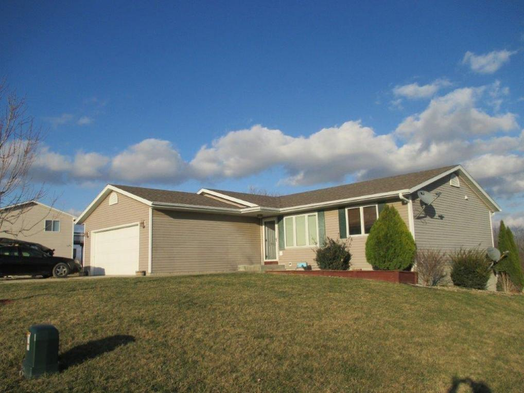 156 Hi View Drive, Knoxville, IA 50138