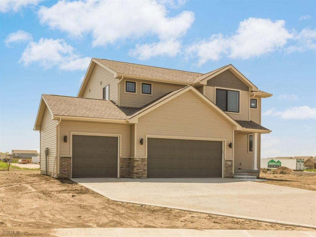 113 Summit Circle NW, Bondurant, IA 50035