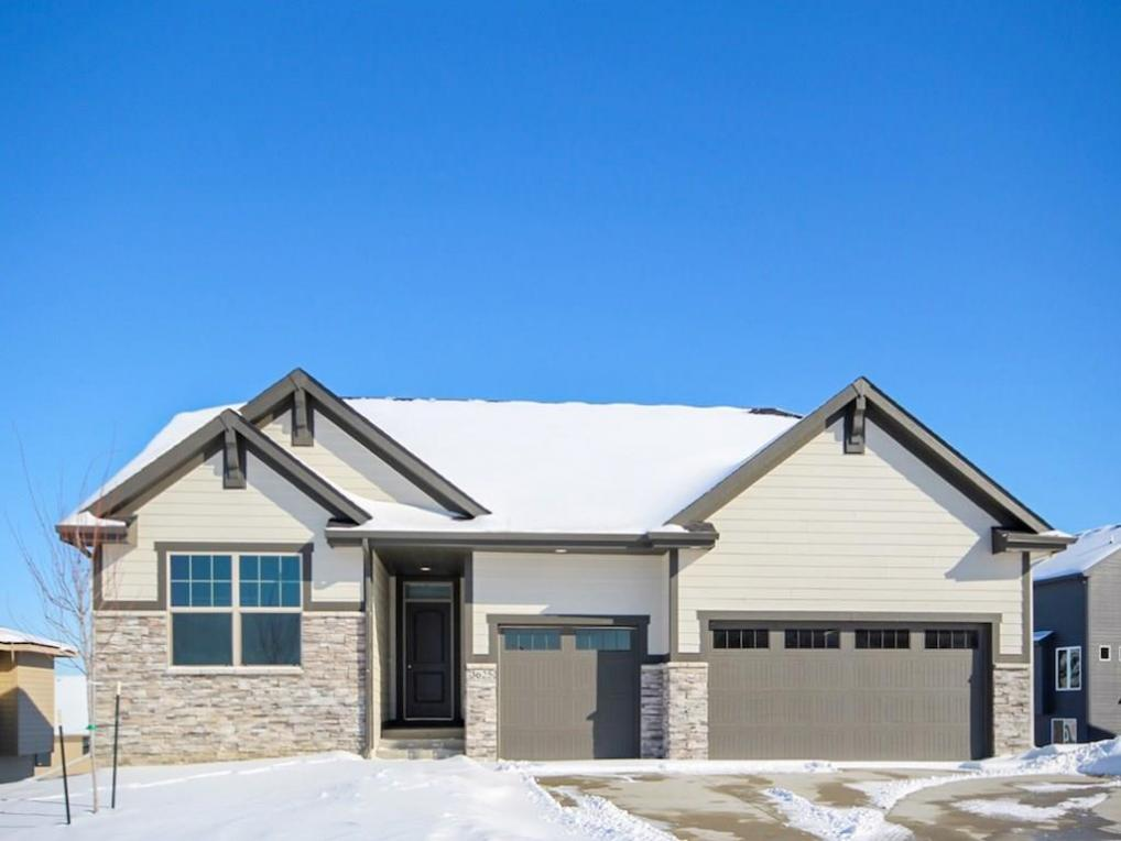 3625 NW 165th Street, Clive, IA 50325