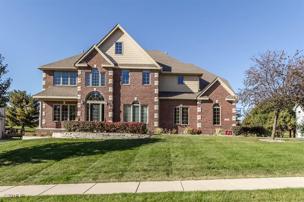 5551 Beechwood Terrace, West Des Moines, IA 50266