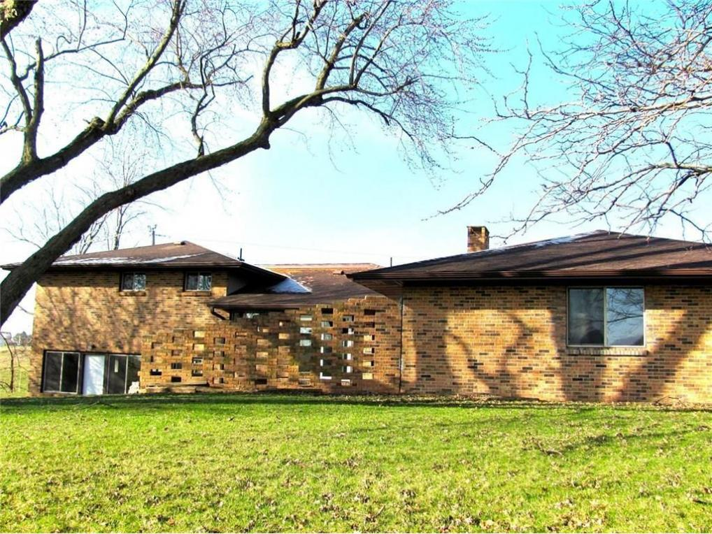 1898 T38 Highway N, Grinnell, IA 50112