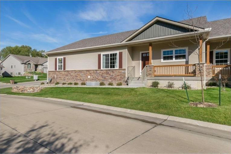 5185 Stone Creek Drive, Pleasant Hill, IA 50327