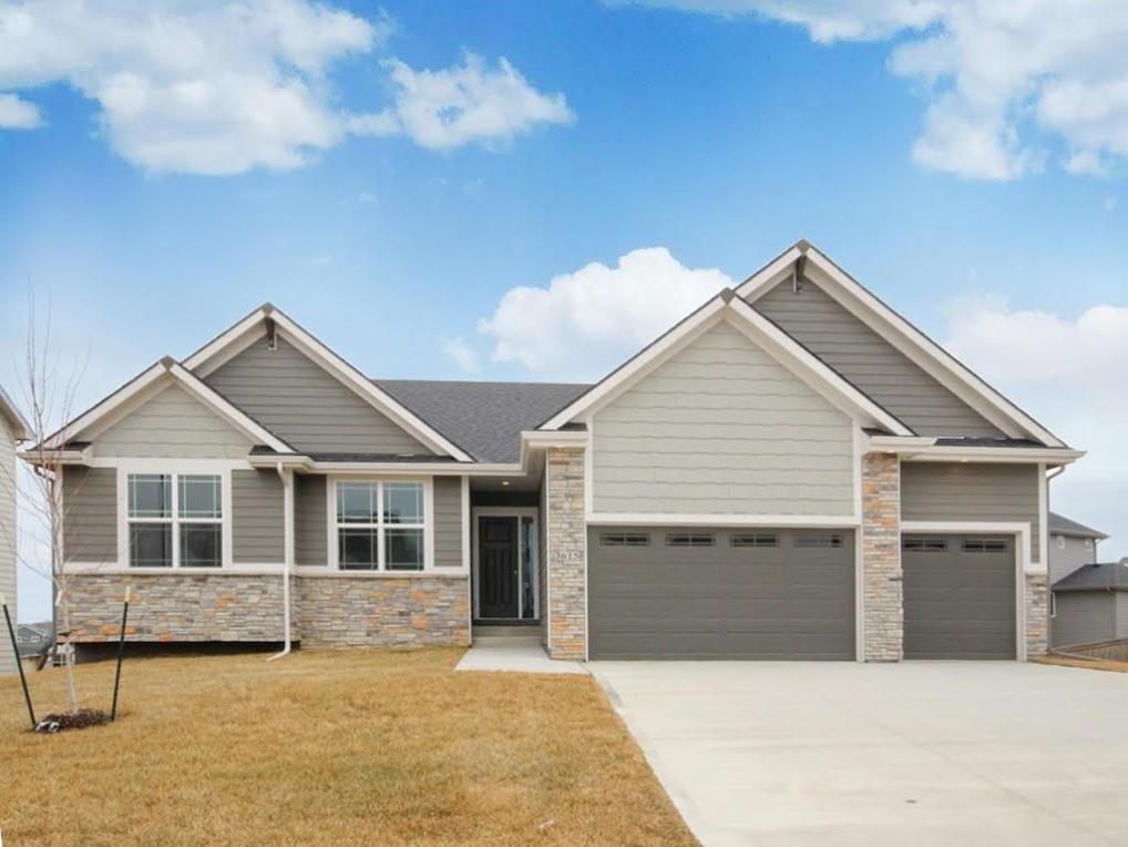 3615 NW 166th Street, Clive, IA 50325