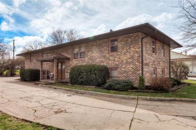 Photo of 480 S 19th Street, West Des Moines, IA 50265