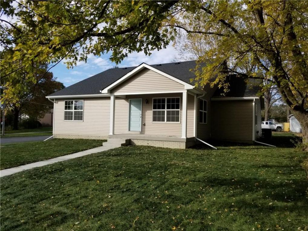 107 7th Street SW, Altoona, IA 50009