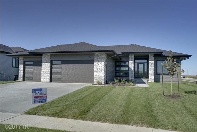1201 NW 7th Court, Grimes, IA 50111