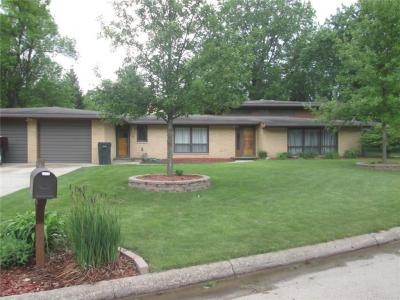 Photo of 1111 Country Club Drive, Boone, IA 50036