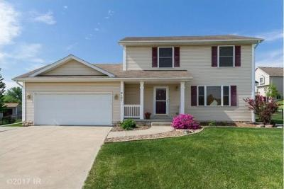 Photo of 3131 E Southlawn Drive, Des Moines, IA 50320