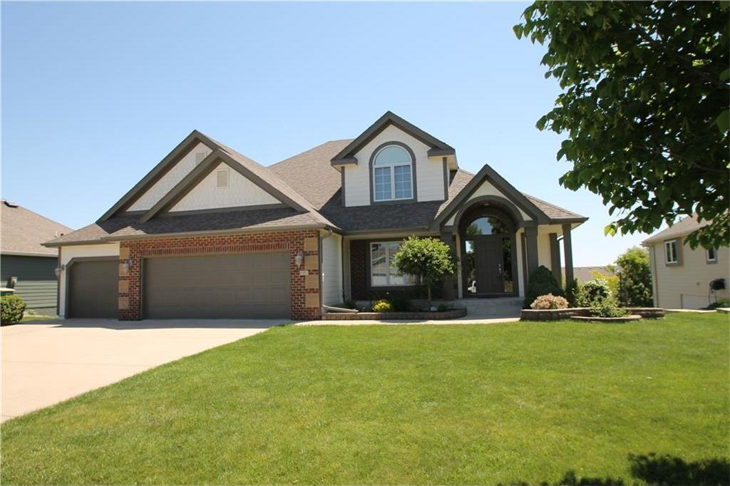 810 N T Court, Indianola, IA 50125