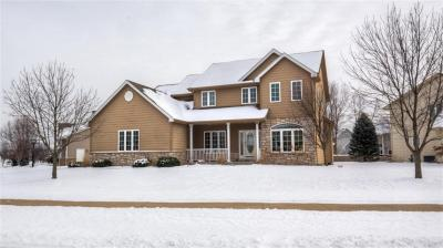 Photo of 216 Thornhill Road, Norwalk, IA 50211