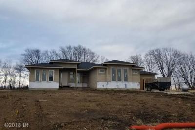 Photo of 1128 Colt Lane, Norwalk, IA 50211