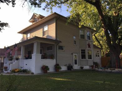 1854 E Walnut Street, Des Moines, IA 50316