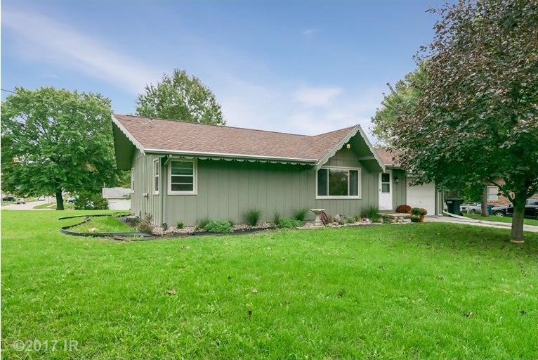 8233 Villa Drive, Des Moines, IA 50320