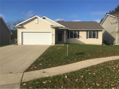 Photo of 3614 Park Side Drive, Des Moines, IA 50317