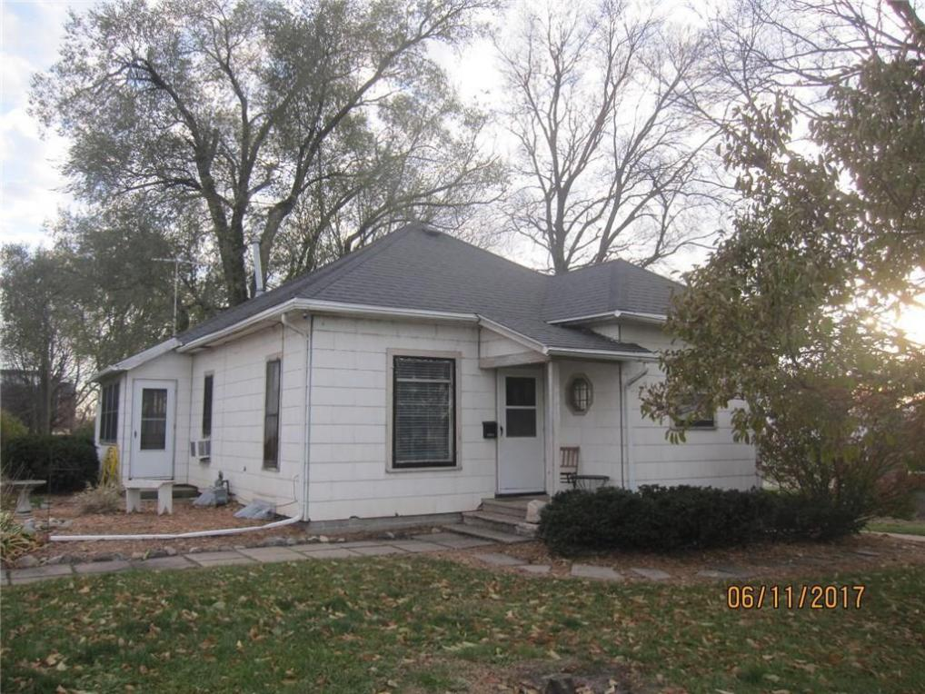 1011 Evelyn Street, Perry, IA 50220