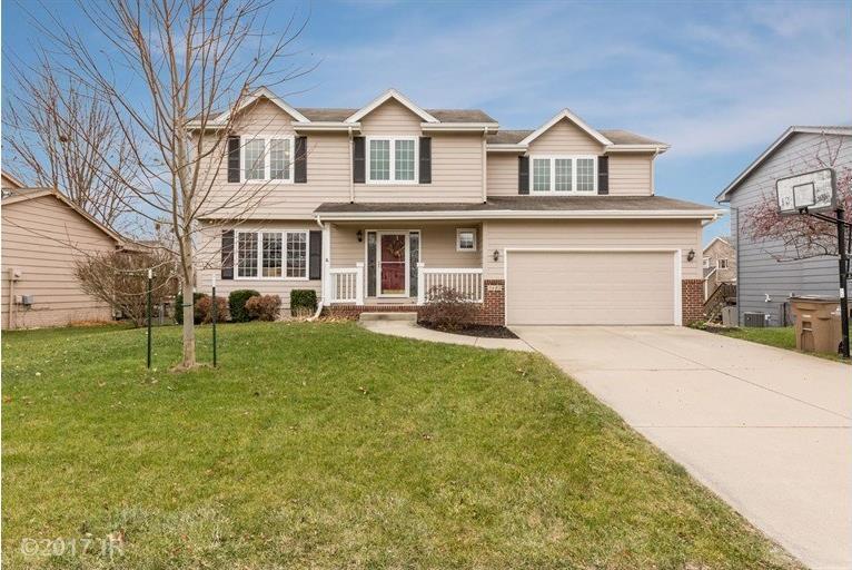 3420 Scenic Vista Drive, West Des Moines, IA 50265