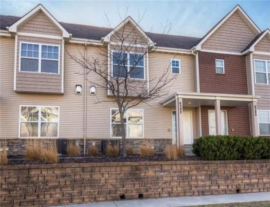 6382 Beechtree Drive #1103, West Des Moines, IA 50266