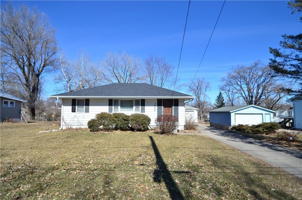 1540 E Glenwood Drive, Des Moines, IA 50320