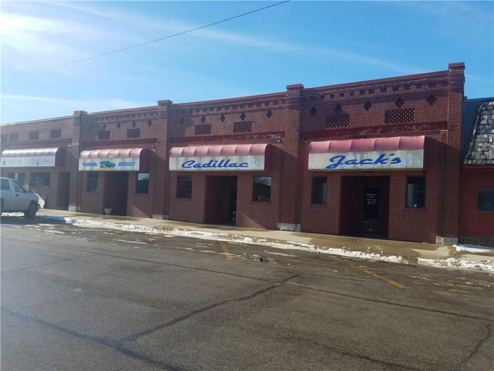 106 & 108 N Main Street, Baxter, IA 50028