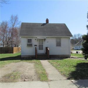 213 E Dunham Avenue, Des Moines, IA 50315