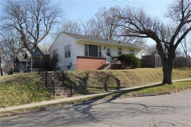 102 Hull Street, Des Moines, IA 50313