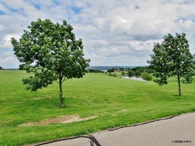 Lot 11 Grand River Bluffs, Dubuque, IA 52001