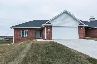 Photo of Lot 14 Unit 3 Thunder Ridge Drive, Peosta, IA 52068