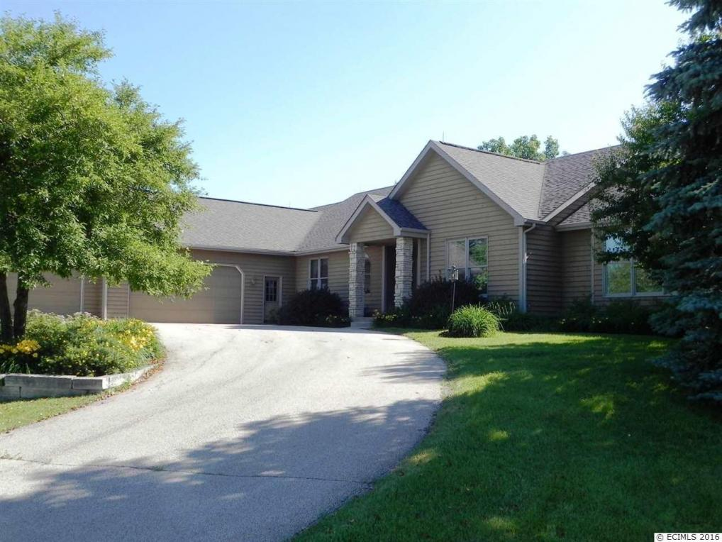 10 Arrowwood Lane, Galena, IL 61036
