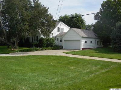 Photo of 819 9th Street S.e. Street, Dyersville, IA 52040