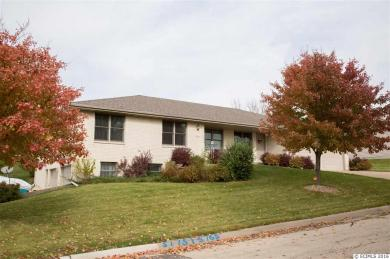 5175 Valley Forge Road, Dubuque, IA 52002