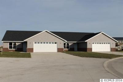Photo of 1408 SE Langworthy Court, Cascade, IA 52033