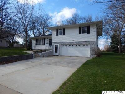 Photo of 1003 SE 5th Avenue, Cascade, IA 52033